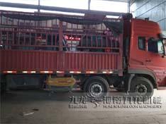 江苏宜兴市高效木材粉碎机发货现场
