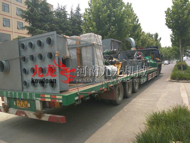 发往辽宁重型木材粉碎机、园林树枝粉碎机、鼓式削片机现场