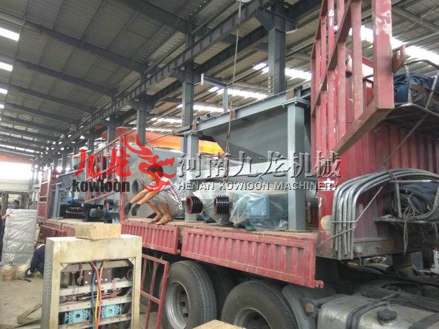 发往云南红河新型削片机和重型木材粉碎机